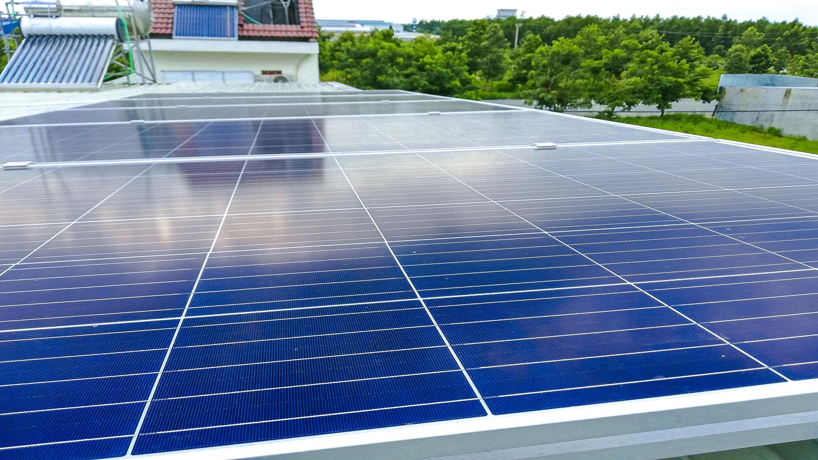 VES lắp điện năng lượng mặt trời tại Bình Dương