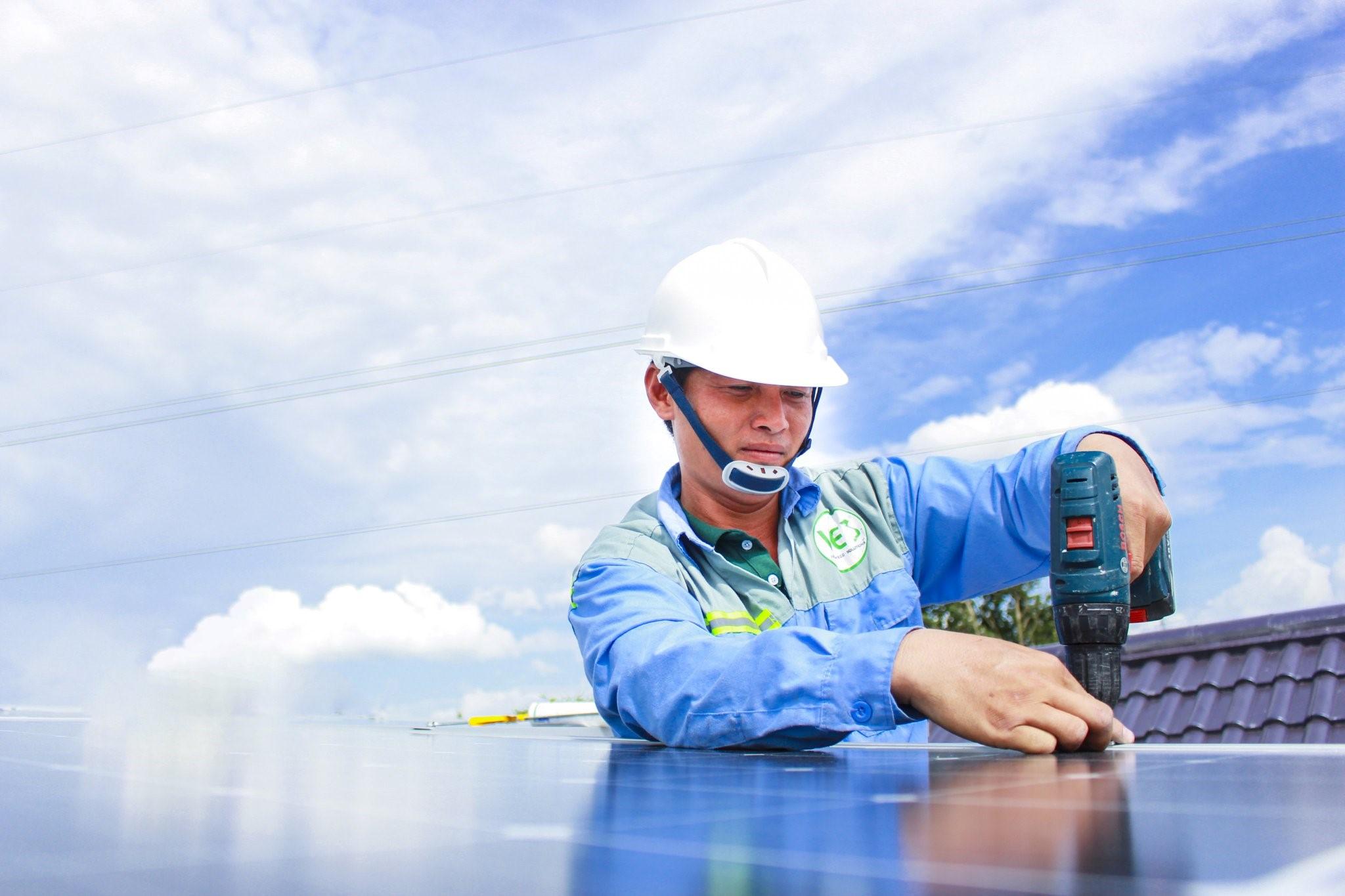 Ves lắp đặt điện năng lượng mặt trời
